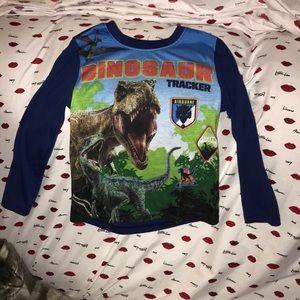 Jurassic World 4/5 long sleeved shirt 💕